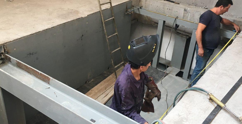 Caja de ascensor para Centro Comercial.